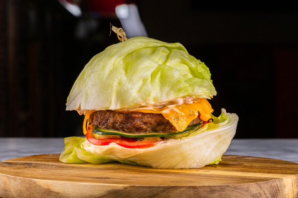 Fitness Burger with meat (pork-and-beef) or chicken cutlet